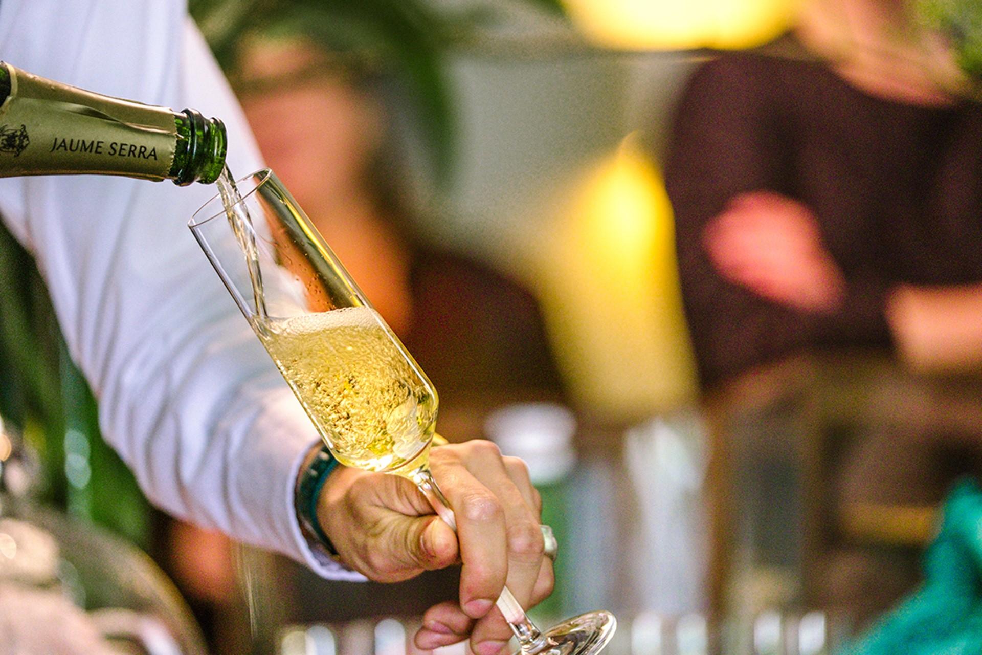 schenken-champagne.jpg