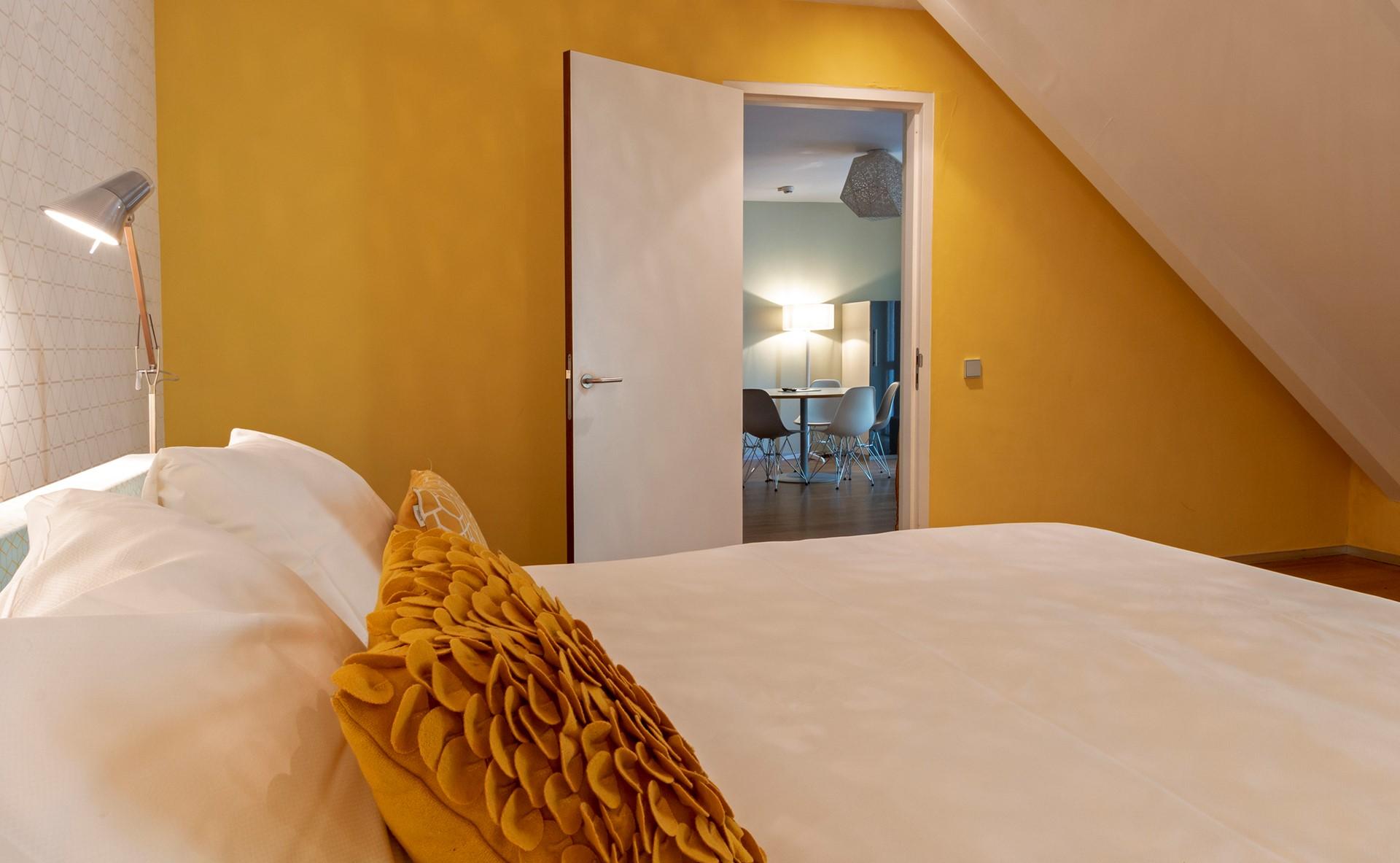 suite blooming hotel.jpg